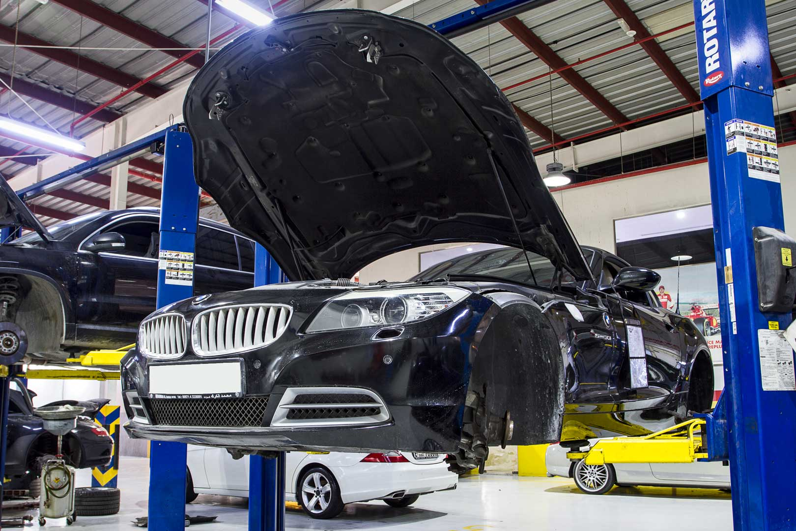 BMW SERVICE CENTER IN DUBAI